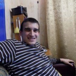 Привет, я парень, азиат с Таджикистана и очень хочу секса с девушкой в Владимире