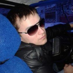 Парень из Москвы. Ищу красивую девушку для общения и встреч.